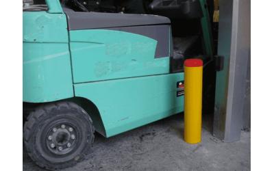 Отбойники для грузовых зон и складов