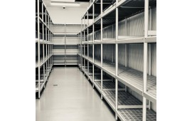 Стеллажные системы для фабрики кухни и ресторана