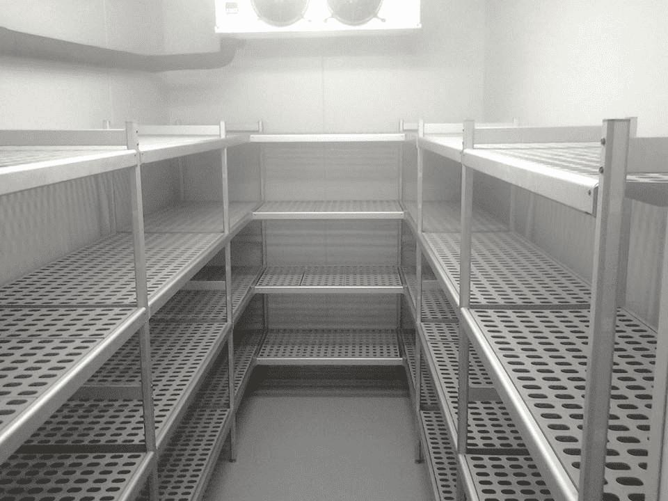 Оснащение стеллажами отелей Sheraton и Kempinski